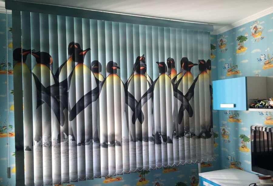 Нюансы выбора вертикальных жалюзи в детскую комнату