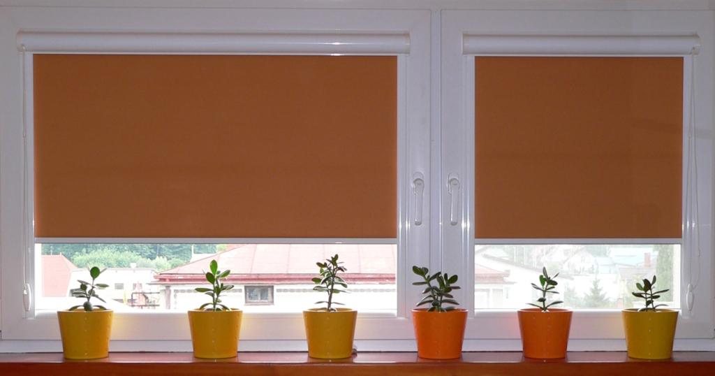 Кассетные рулонные шторы на окна по выгодной цене