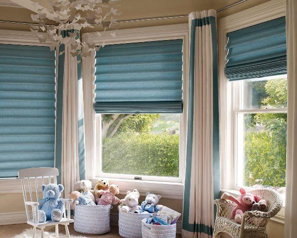 Римские шторы – современное решение в декоре окна